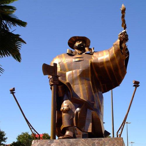 Monumento O Desbravador