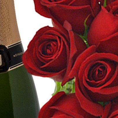 Buquê de 12 Rosas Vermelhas com Espumante e Chocolate