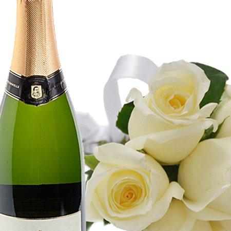 Buquê de 7 Rosas Brancas e Espumante