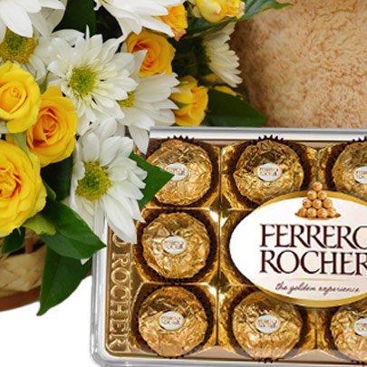 Cesta de Margaridas e Rosas Amarelas com Chocolate e Pelúcia