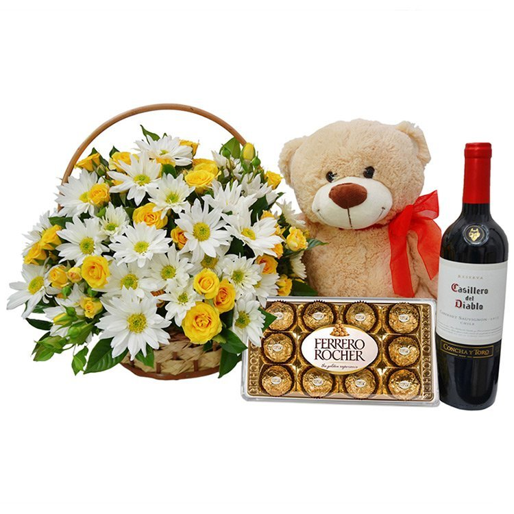 Mix de Flores do Campo com Pelúcia, Vinho e Chocolate