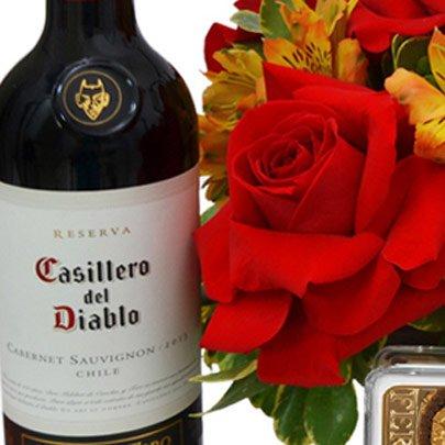 Mix de Flores Nobres com Pelúcia, Chocolate e Vinho