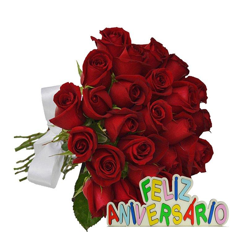 Buquê de 24 Rosas Vermelhas Feliz Aniversário