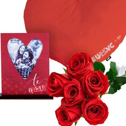Buquê com 6 Rosas Vermelhas e Kit Romântico Uatt?