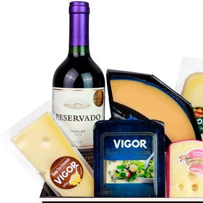 Cesta Gourmet De Queijo e Vinhos