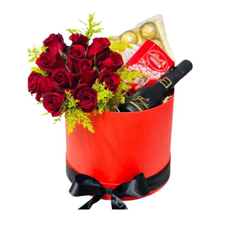 Box de Luxo com flores e Cava.