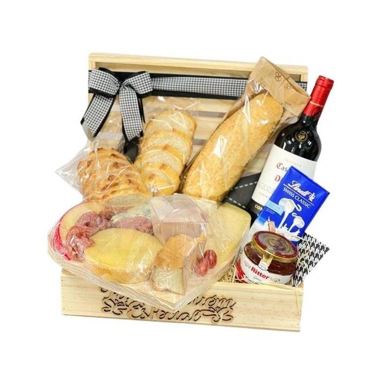Cesta luxo queijos e vinhos