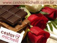 Miniatura de Foto de Tela de Fundo de Flores e Chocolates